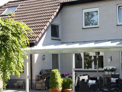 aluminium terrassend cher brandenburg. Black Bedroom Furniture Sets. Home Design Ideas